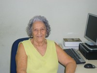 Com cinco filhos e oito netos Jesuína Cordeiro se divide entre o trabalho e o cuidado com a família.