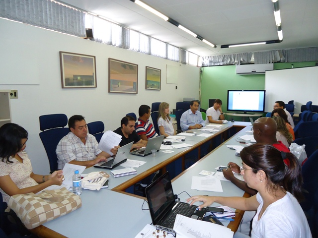 EaD se reúne para elaborar normas didáticas para os cursos