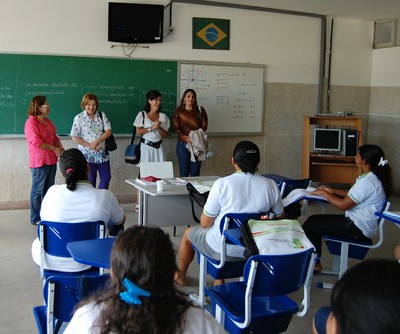 Helene em visita à sala de aula