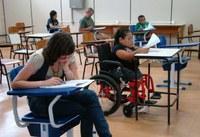 Pessoas com deficiência têm atendimento personalizado no PSCT 2012