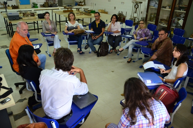Professor da Universidade de Oklahoma se reúne no IFPB para iniciar projeto multidisciplinar