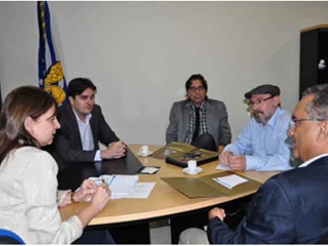 Reitor do IFPB se reúne na UFPB para criação de Fórum
